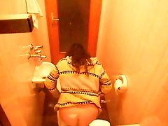 Amateur, Toilet,